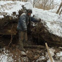 В Татарстане мужчину насмерть завалило землей при попытке похитить металл