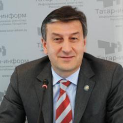 Айрат Фаррахов выступил против роста количества чиновников