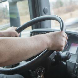 25 водителей с расстройством личности ездят на казанских дорогах