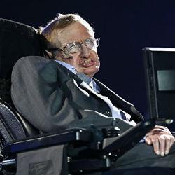 «Стивен Хокинг посвятил всю свою жизнь исследованию Вселенной, причем всецело»