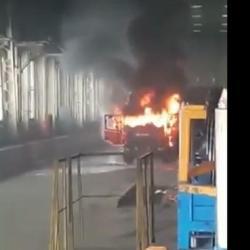 МЧС РТ о пожаре на КАМАЗе: «Завод работает. Расходимся» (ВИДЕО)