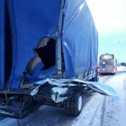 В Татарстане два человека погибли в аварии микроавтобуса и «ГАЗели»