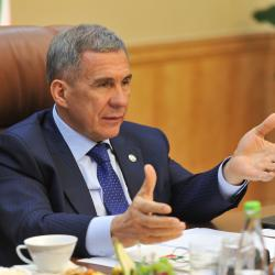 Минниханова пригласили принять участие в «Битве за миллиард»
