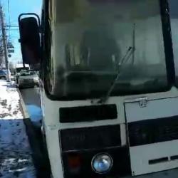 Автобус МЧС с журналистами загорелся во время проверки безопасности в ТЦ Владимира (ВИДЕО)