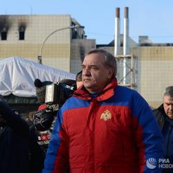 Глава МЧС извинился перед родителями детей, погибших в «Зимней вишне»