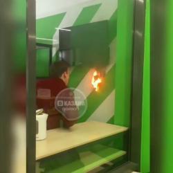 «Не дуй туда, господи»: студент спас Казанский строительный университет от пожара (ВИДЕО)