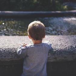 В Челнах потерялся 3-летний мальчик, не умеющий разговаривать