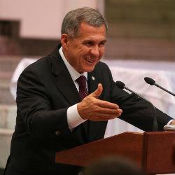Президент РТ Рустам Минниханов поздравил татарстанцев с Днем родного языка