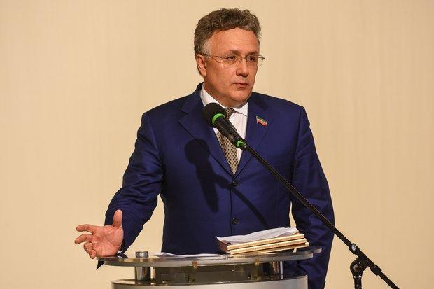 «Все национальные республики должны выступить против этого закона, он убивает понятие «родной язык»