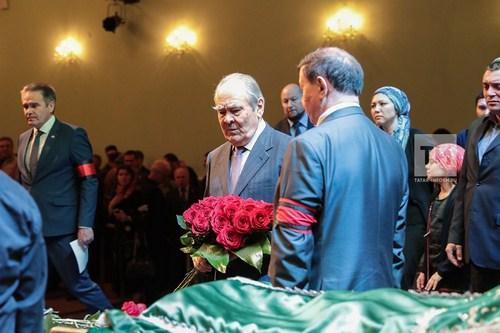 В Казани простились с Тимуром Акуловым (ФОТО, ВИДЕО)