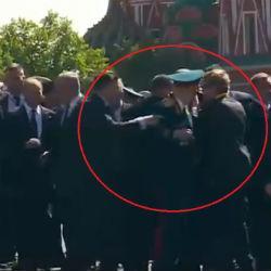 Путин не дал своей охране оттолкнуть ветерана (ВИДЕО)