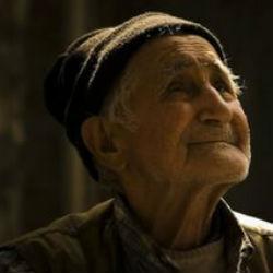 Банковское наваждение: пенсионера убедили застраховать свою жизнь на 250 тыс. рублей