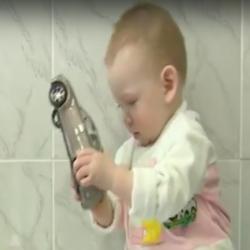 Маленькому Аязу Зарипову нужна ваша помощь (ВИДЕО)