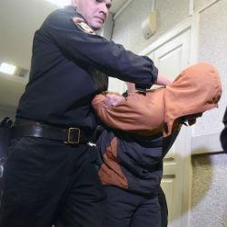 Предполагаемых участников казанской ОПГ арестовали по обвинению в вымогательстве
