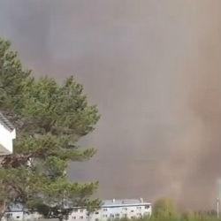Появилось видео пожара на бывших военных складах в Удмуртии