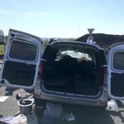 В Башкирии на трассе столкнулись «Лада Ларгус» и экскаватор-погрузчик: погибли шесть человек (ФОТО, ВИДЕО)