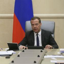Мутко отвечает за жилье: Медведев распределил обязанности между вице-премьерами
