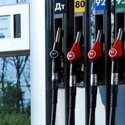 «Бороться с повышением цен на бензин увеличением налогов — это идиотизм!»