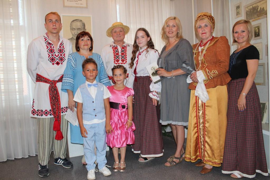 Около 100 человек собрались праздновать день Ивана Купала