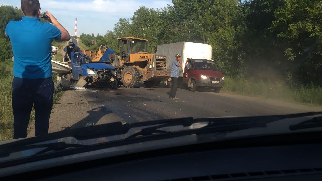 Жесткое ДТП в Татарстане: после столкновения с грейдером у «ГАЗели» разорвало кабину (ФОТО, ВИДЕО)