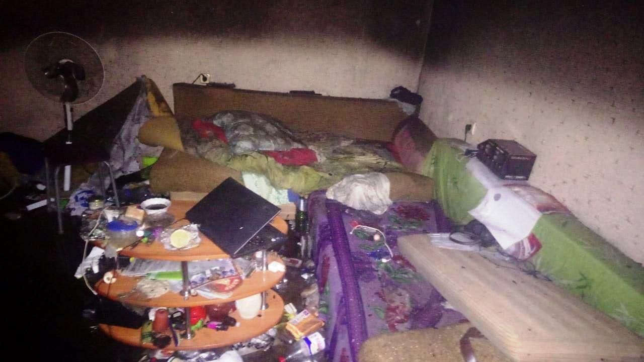 Из-за упавшего сверху окурка в высотке в Набережных Челнах случился пожар (ФОТО)