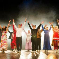 Театр Камала завершил сезон и посвятил зрителям специальное ВИДЕО