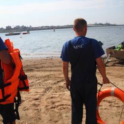 На озере в парке Победы спасли 12-летнюю девочку