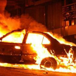 В Татарстане общественный защитник отомстил следователю и полицейскому — сжег авто