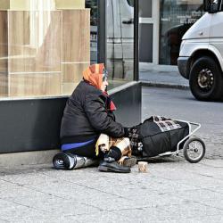 В России снижается уровень бедности… Малоимущих стало на миллион меньше