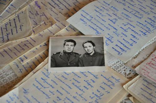 История любви в Татарстане: 100 писем от мужа жена прятала 50 лет