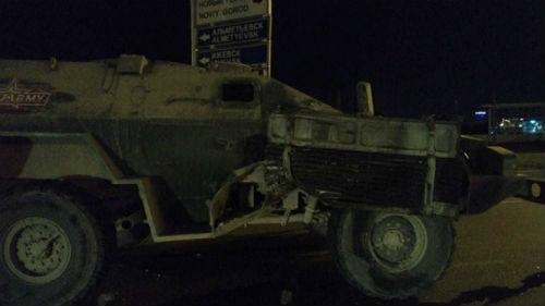 В Набережных Челнах столкнулись БТР и грузовик (ФОТО)