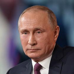 Путин уволил 15 генералов силовых ведомств
