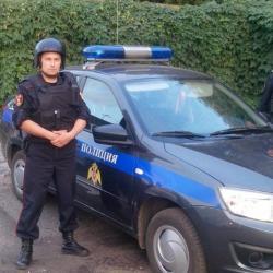 В Казани сотрудники Росгвардии задержали парня, угрожавшего зарезать прохожего
