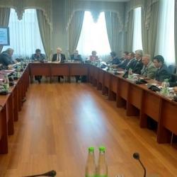 «Закрывайте дефициты сами»: Москва забирает 74 процента налогов, но поможет «нацпроектами»