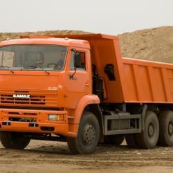 В Татарстане мужчина выпал из кузова «КАМАЗа» под колеса прицепа и погиб