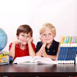 Рустам Минниханов поручил разработать меры по усовершенствованию подходов к изучению родного языка