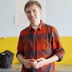 Молодой ученый из Казани разработал уникальную зубную щетку