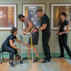 Казанские ученые заново научили ходить парализованного пациента