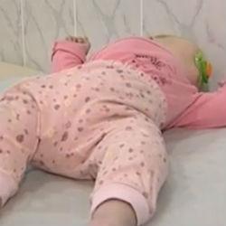 Четырехмесячной малышке Раяне нужна помощь (ВИДЕО)