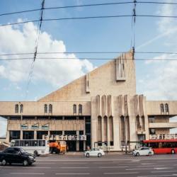 Трехмиллионный турист в Казани посетит театр Камала