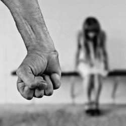 В Казани задержан мужчина, который пытался изнасиловать девочку в лифте