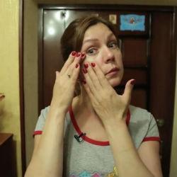 Жительницу Татарстана, чья дочь погибла, а сын хочет сменить пол, показали на Первом канале (ВИДЕО)