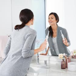 Одна улыбка на двоих: почему так важно следить за здоровьем зубов во время беременности