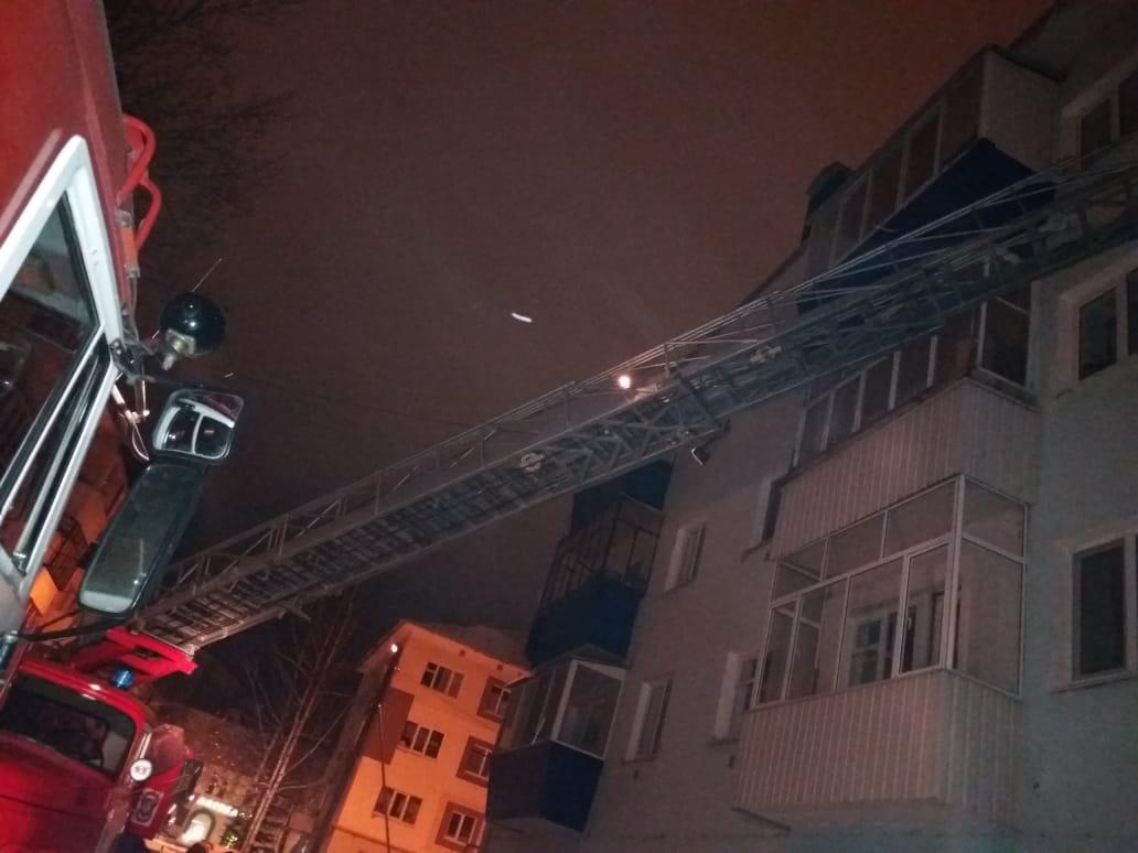 В Бугульме в многоквартирном доме сгорел мужчина (ФОТО)