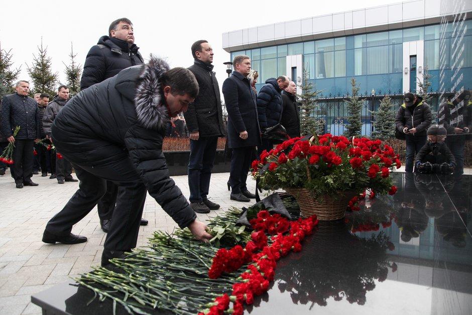 Пятая годовщина трагедии в небе над Казанью: в аэропорту почтили память жертв авиакатастрофы (ФОТОРЕПОРТАЖ)