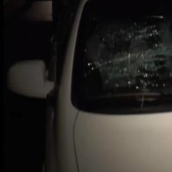 СМИ: В Казани «толпа человек в 20» напала на мужчину, крушившего машины