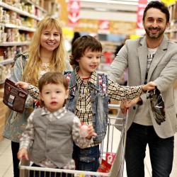 Роспотребнадзор предупредил об обмане на новогодних распродажах