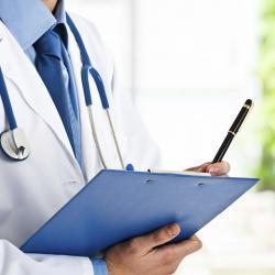 Непонятный кашель и еще 4 ранних симптома рака груди