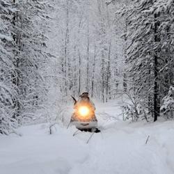 В Татарстане разработали арктический снегоход. В паре с ним – плавающая версия
