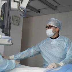 Хирурги в Казани провели двухэтапную операцию без наркоза